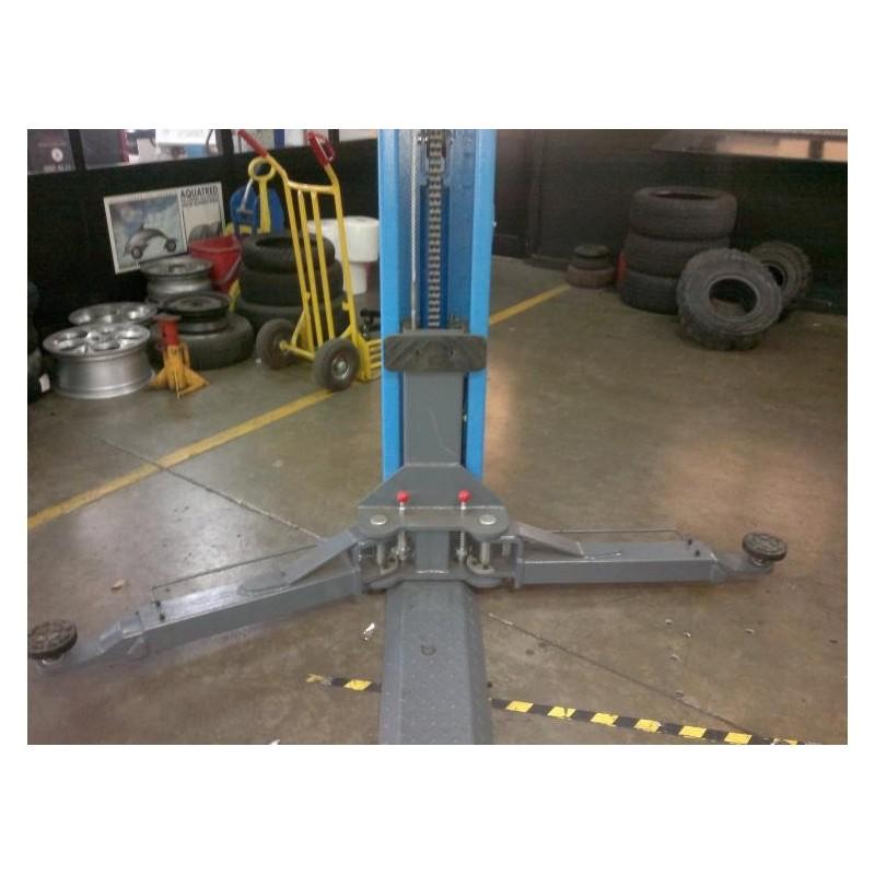 Ponte sollevatore elettroidraulico per auto e furgoni for Ponti sollevatori per auto usati